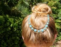 Blue layered head chain