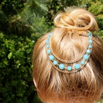 Blue layered head chain
